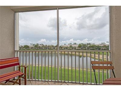 Naples Condo/Townhouse For Sale: 3940 Loblolly Bay Dr #2-208