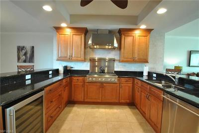Naples FL Condo/Townhouse For Sale: $925,000