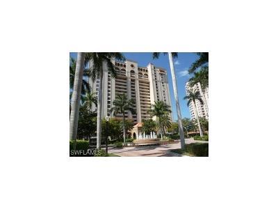 Naples Condo/Townhouse For Sale: 6585 Nicholas Blvd #401