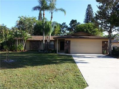 Naples Single Family Home For Sale: 1734 Knights Ct