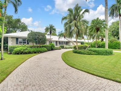 Naples Single Family Home Pending With Contingencies: 370 Wedge Dr