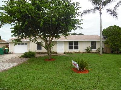 Naples Single Family Home For Sale: 2200 46th Ter SW