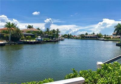 Marco Island Single Family Home For Sale: 951 Moon Ct