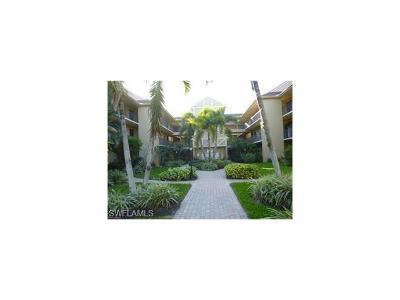 Naples Condo/Townhouse For Sale: 5250 Fox Hollow Dr #530
