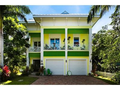 Fort Myers Beach Single Family Home For Sale: 461 Palermo Cir