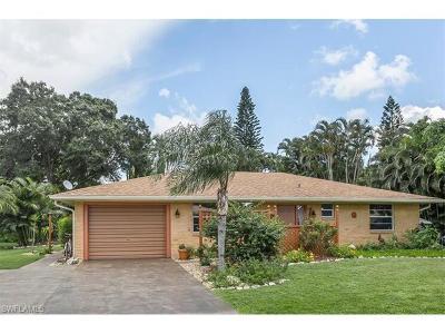 Bonita Springs Single Family Home For Sale: 27631 Suffridge Dr