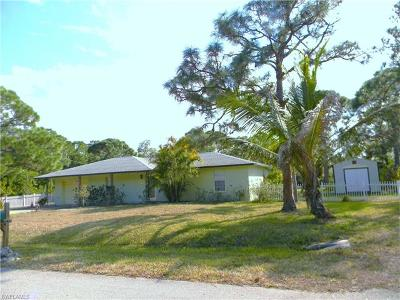 St. James City, Saint James City, Matlacha, Bokeelia Single Family Home For Sale: 3759 Papaya St