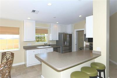 Naples FL Condo/Townhouse For Sale: $329,999
