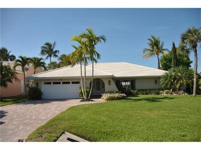 Naples Single Family Home For Sale: 380 Conners Ave