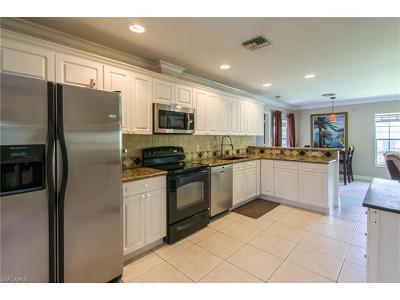 Bonita Springs Single Family Home For Sale: 11581 Saunders Ave