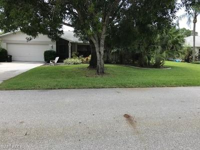 Fort Myers Single Family Home Pending With Contingencies: 9953 Country Oaks Dr