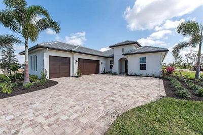 Naples Single Family Home For Sale: 3286 Ibiza Ln