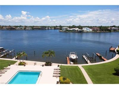 Condo/Townhouse For Sale: 3430 Gulf Shore Blvd N #5D