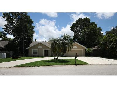 Collier County, Lee County Single Family Home For Sale: 4729 Mi Casa Ct