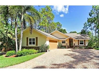 Naples Single Family Home For Sale: 5731 Shady Oaks Ln