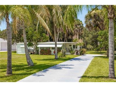 Estero Mobile/Manufactured For Sale: 21036 See See Street