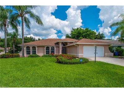 Estero Single Family Home For Sale: 22466 Fountain Lakes Blvd