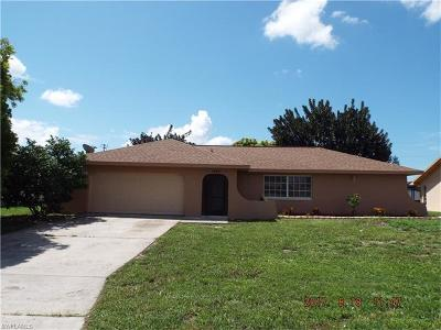 Cape Coral Single Family Home For Sale: 1424 SE 33rd Ter