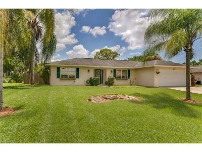 Naples Single Family Home For Sale: 4572 25th Ct SW