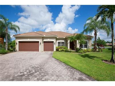 Naples Single Family Home For Sale: 2640 Fishtail Palm Ct