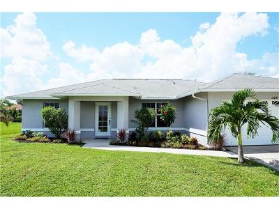 Cape Coral Single Family Home For Sale: 1104 NE 19th Ter