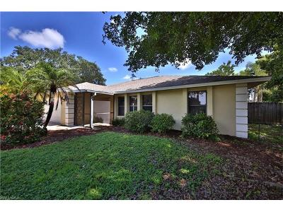 Naples Single Family Home For Sale: 115 Fairway Cir