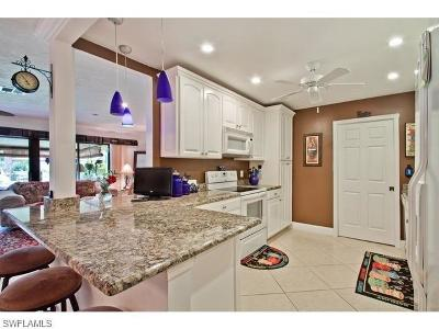 Naples Condo/Townhouse For Sale: 925 Palm View Dr #D-114