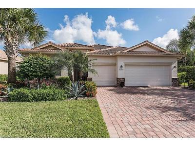 Naples Single Family Home For Sale: 8152 Piedmont Dr