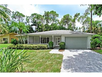 Naples Single Family Home For Sale: 9949 Winchester Wood