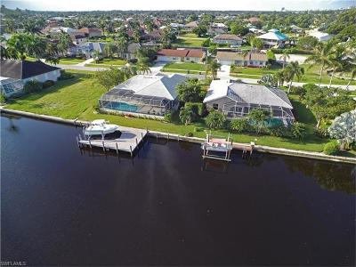 Marco Island Single Family Home For Sale: 1526 Buccaneer Ct