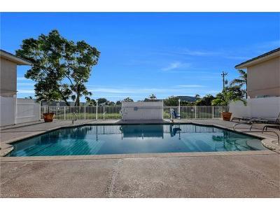 Cape Coral Condo/Townhouse For Sale: 4520 Skyline Blvd #209