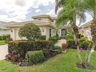 Naples Single Family Home For Sale: 6060 Fairway Ct