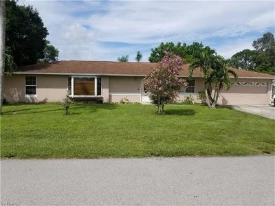 Fort Myers Single Family Home For Sale: 18626 Coconut Rd S