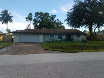Naples Single Family Home For Sale: 2648 Longboat Dr