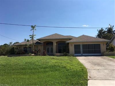 Lee County Single Family Home For Sale: 2306 SW 31st Ln