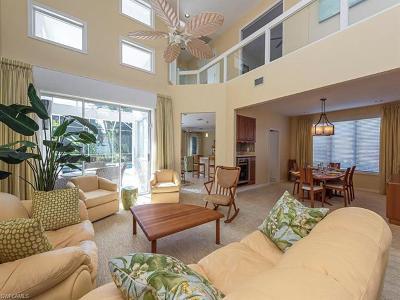 Naples Single Family Home For Sale: 586 Eagle Creek Dr
