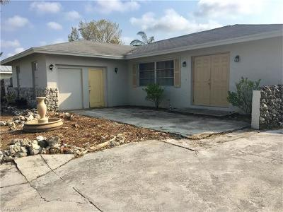 Naples Single Family Home For Sale: 2436 42nd Ter SW