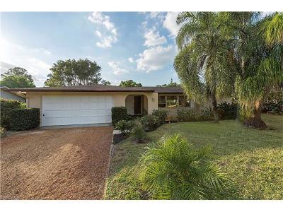 Naples  Single Family Home For Sale: 275 Cypress Way W