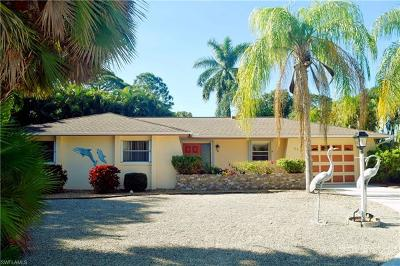Bonita Springs Single Family Home For Sale: 32 8th St