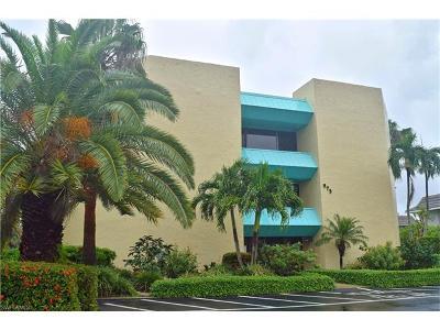 Naples Condo/Townhouse For Sale: 975 Palm View Dr #A-104