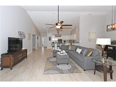Collier County Single Family Home For Sale: 521 Countryside Dr