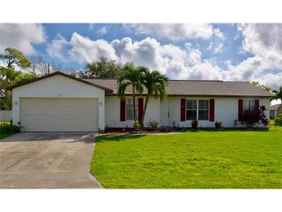 Cape Coral Single Family Home For Sale: 4401 SW 6th Ave