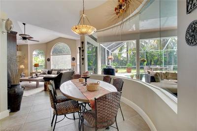 Naples Single Family Home For Sale: 6762 Buckingham Ct