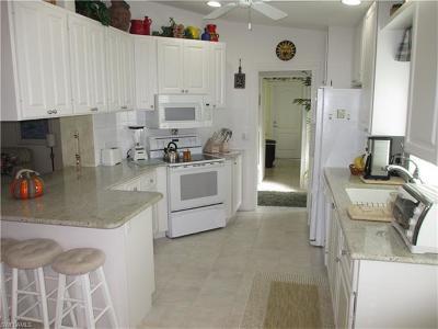 Village Walk Condo/Townhouse For Sale: 5026 Ventura Ct