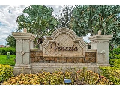 Naples Condo/Townhouse For Sale: 9832 Venezia Cir #1024