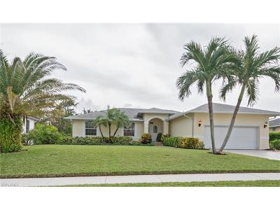 Marco Island Single Family Home For Sale: 1753 N Bahama Ave
