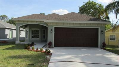 Bonita Springs Single Family Home For Sale: 10300 Indiana St