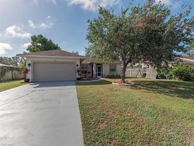 Naples Single Family Home For Sale: 866 Grove Dr