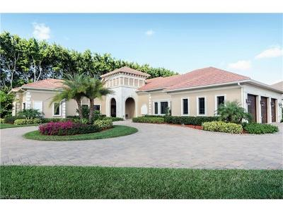 Naples Single Family Home For Sale: 628 Venezia Grande Dr