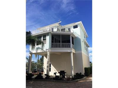 Fort Myers Condo/Townhouse For Sale: 261 Key West Ct